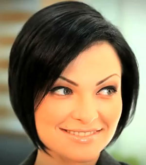 bob haircut classic in black hair color