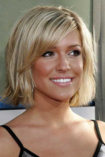 haircuts with choppy ends and side bangs
