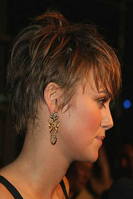 textured short hair profile view
