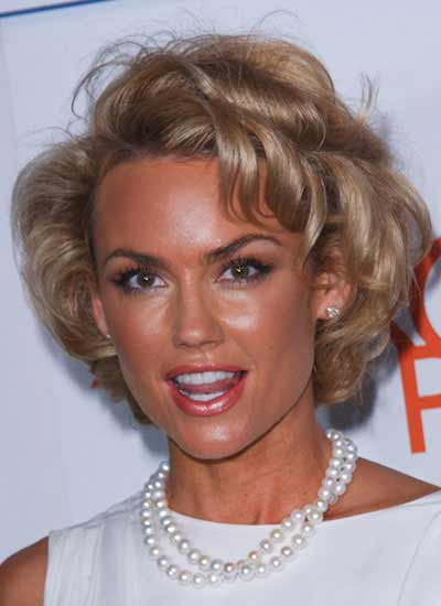 Its Kelly Carlson's Style