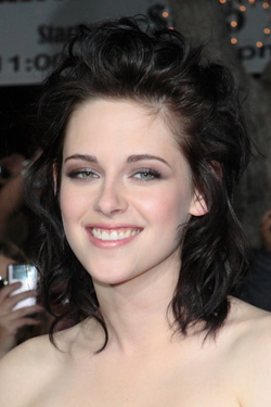 Kristen Stewart with medium curly hair style