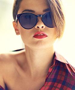short hair model with sun glasses