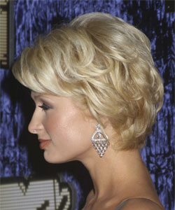 Paris Hilton with short wavy style - Side view September 2007