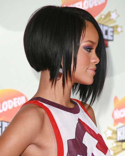 Rihanna with layered haircut