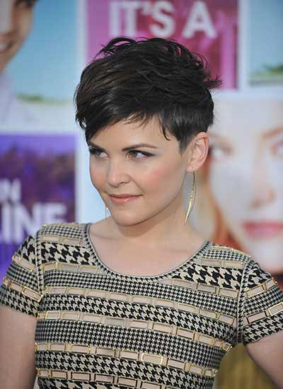 Get short choppy hair like ginnifer haircut with texture caroline manzo winobraniefo Choice Image