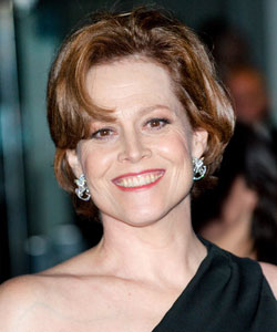sigourney weaver mature short hair
