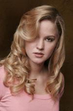 teen hairstyle vanilla blond and light caramel