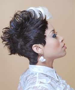 Afro American Model with short texture look and white fringe - Side view