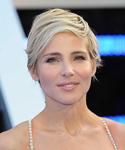 Elsa Pataky view 1 - Blonde hair dark root with wavy fringe