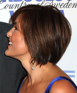 example of subtle layer on hairstyle profile view