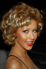 Christina Aguilera - short curly hair style