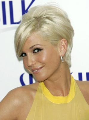Short hair style with light blonde