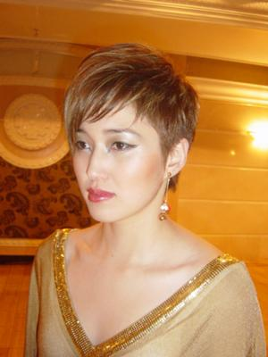 Short Hair With Texture - Wispy Fringe