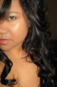 My pic..its cut out..sorry, but you can see my hair color..