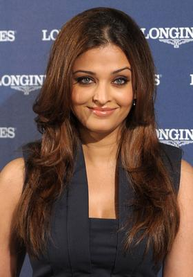 Olive skin tan with green eyes - Aishwarya Rai