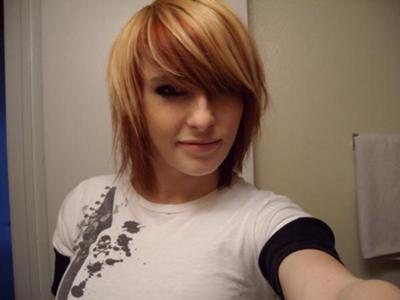 My short layered  hair with red and blonde